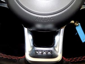 Volkswagen Golf VII GTi 2.0 TSI DSG - Image 32