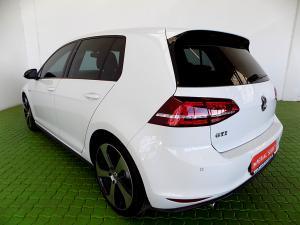 Volkswagen Golf VII GTi 2.0 TSI DSG - Image 6