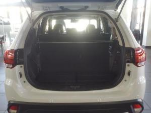 Mitsubishi Outlander 2.4 GLS Exceed CVT - Image 10