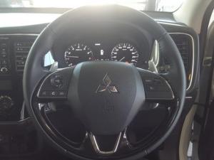 Mitsubishi Outlander 2.4 GLS Exceed CVT - Image 11
