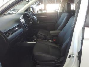 Mitsubishi Outlander 2.4 GLS Exceed CVT - Image 8