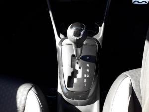 Kia Picanto 1.2 Smart automatic - Image 11