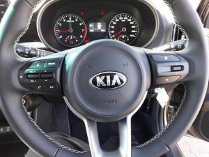 Kia Picanto 1.2 Smart automatic - Image 12