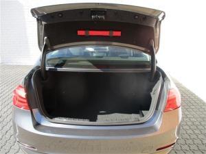 BMW 320D automatic - Image 9