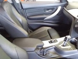 BMW 320iautomatic - Image 9