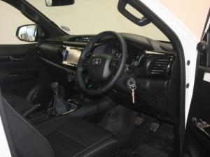 Toyota Hilux 2.8 GD-6 RB RaiderE/CAB - Image 7