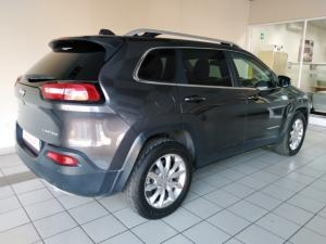 Jeep Cherokee 3.2L 4x4 Limited - Image 3