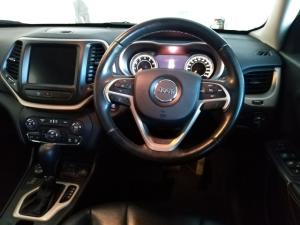 Jeep Cherokee 3.2L 4x4 Limited - Image 7