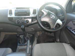 Toyota Hilux 2.5D-4D double cab 4x4 SRX - Image 9