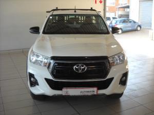 Toyota Hilux 2.4GD-6 4x4 SRX auto - Image 2