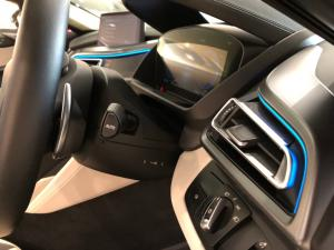 BMW i8 Roadster - Image 10