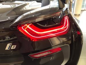 BMW i8 Roadster - Image 22