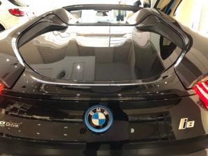 BMW i8 Roadster - Image 23