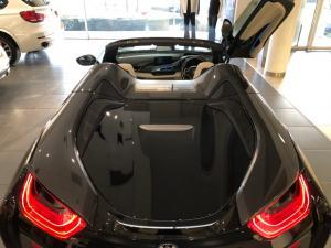 BMW i8 Roadster - Image 24