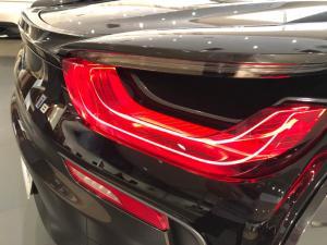 BMW i8 Roadster - Image 25