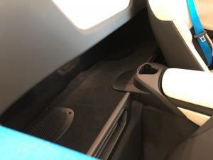 BMW i8 Roadster - Image 3