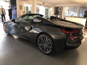 BMW i8 Roadster - Image 7