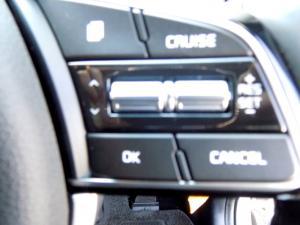 Kia Sportage 2.0 Crdi Ignite + automatic - Image 21