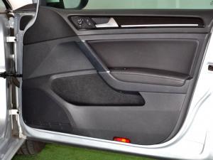 Volkswagen Golf VII 1.4 TSI Highline - Image 26