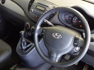 Hyundai i10 1.25 GLS/FLUID - Image 4