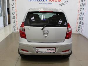 Hyundai i10 1.1 GLS - Image 6