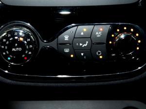 Renault Captur 1.5 dCI Dynamique 5-Door - Image 25