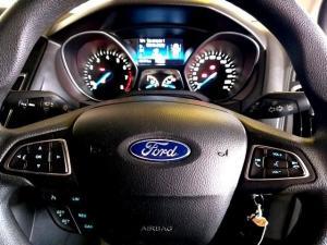 Ford Focus sedan 1.5T Trend auto - Image 9