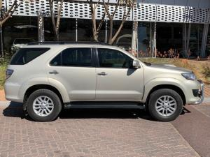 Toyota Fortuner 2.5D-4D auto - Image 4