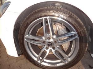 Mercedes-Benz E 220d Coupe - Image 6