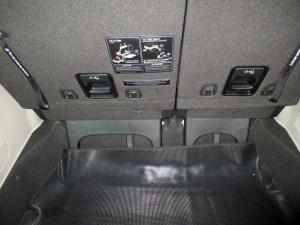 Kia Grand Sedona 2.2 Crdi SXL automatic - Image 10