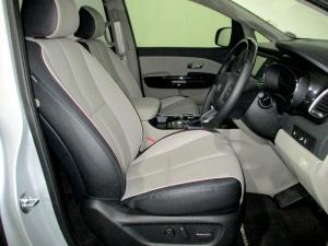 Kia Grand Sedona 2.2 Crdi SXL automatic - Image 13