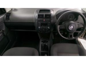 Volkswagen Polo Vivo hatch 1.4 Conceptline - Image 7