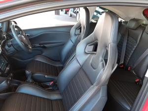 Opel Corsa GSI 1.4T - Image 12