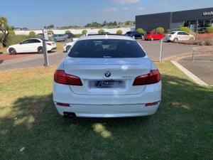 BMW 520i automatic - Image 10