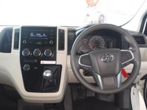 Toyota Quantum 2.8 LWB bus 11-seater GL - Image 14