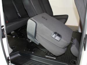 Volkswagen T6 Kombi 2.0 TDi DSG 103kw - Image 18