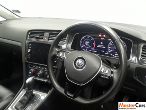 Volkswagen Golf VII 2.0 TDI Comfortline DSG - Image 7