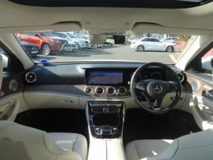 Mercedes-Benz E 200 Avantgarde - Image 2