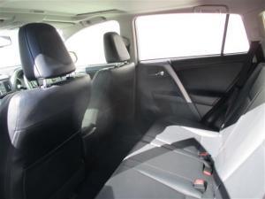 Toyota RAV4 2.5 VX automatic - Image 6