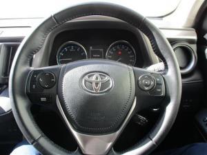 Toyota RAV4 2.5 VX automatic - Image 7