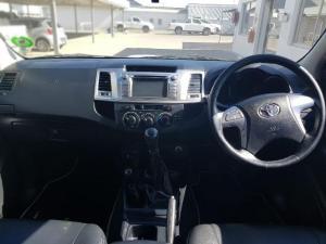 Toyota Hilux 3.0D-4D Legend 45 4X4 Xtra CAB - Image 8