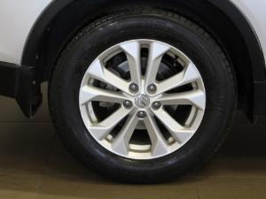 Nissan X-Trail 2.5 4x4 SE - Image 7