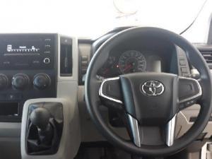 Toyota Quantum 2.8 SLWB panel van - Image 13