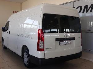 Toyota Quantum 2.8 SLWB panel van - Image 6