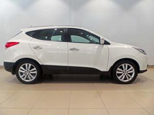 Hyundai ix35 2.0CRDi 4WD GLS Limited - Image 2