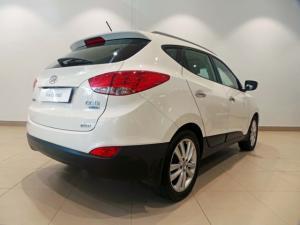 Hyundai ix35 2.0CRDi 4WD GLS Limited - Image 3