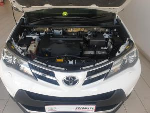 Toyota RAV4 2.2D VX automatic - Image 11