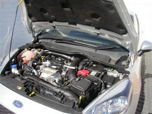 Ford Fiesta 1.0 Ecoboost Trend 5-Door automatic - Image 10
