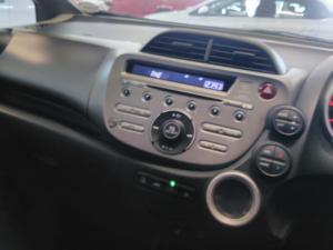 Honda Jazz 1.5i EX - Image 4