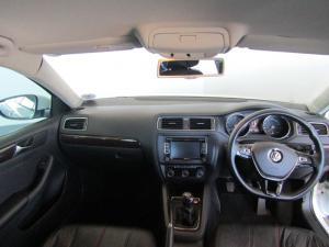 Volkswagen Jetta 1.4TSI Comfortline - Image 16